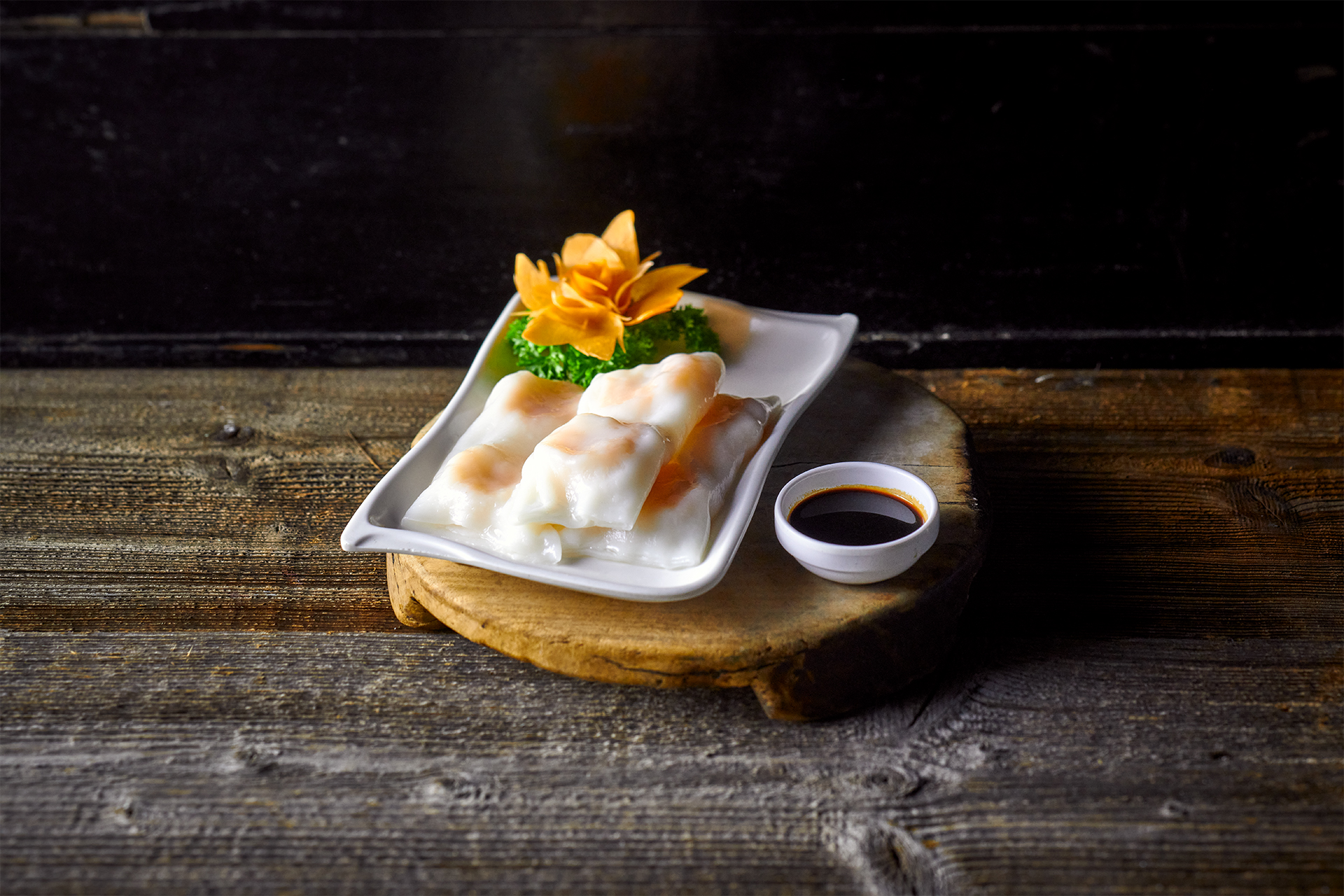 Rice roll with prawns