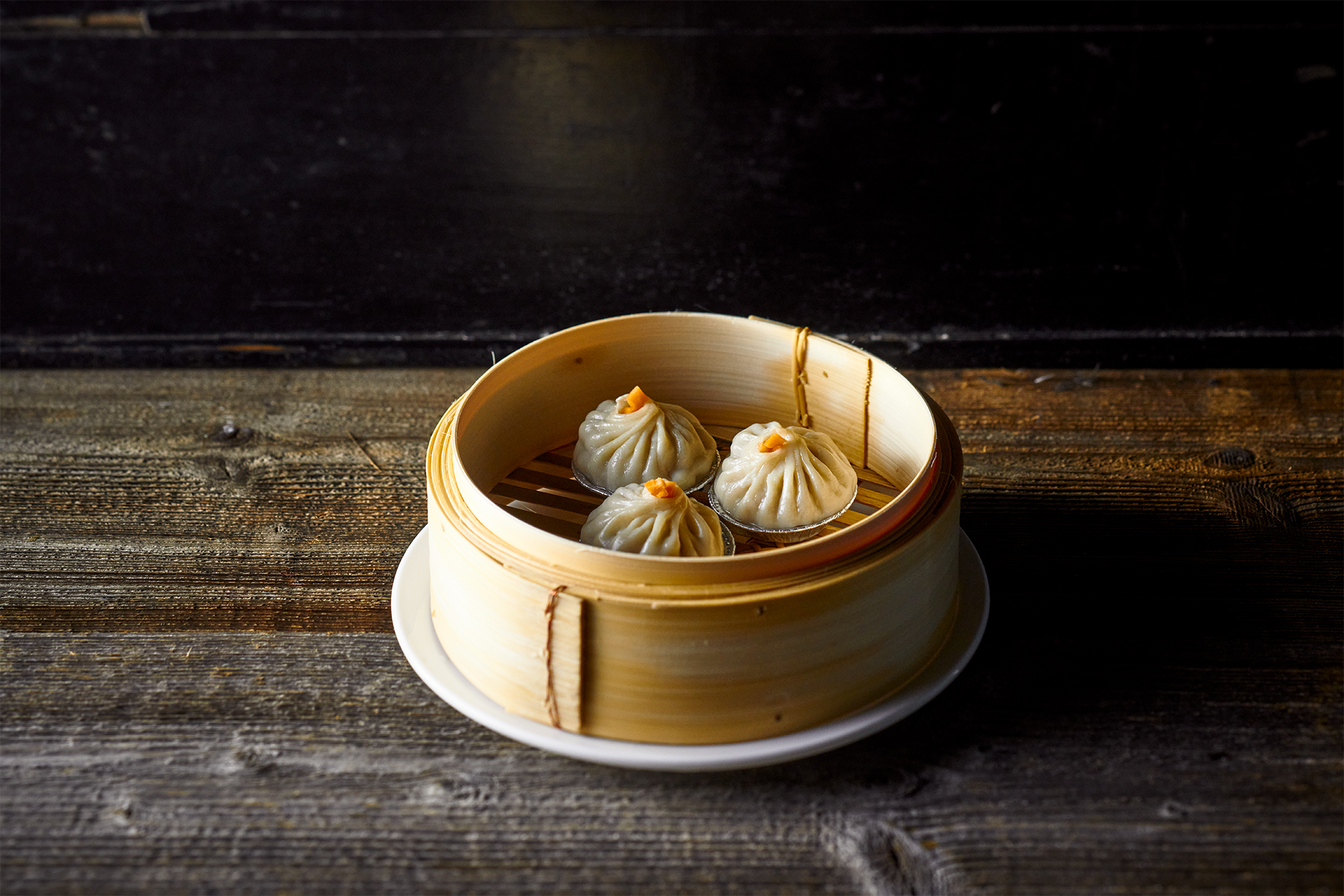Xiao long bao ( soup duplings)